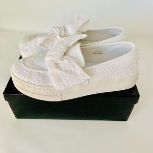 G by Guess Chippy sneakers white 7.5M